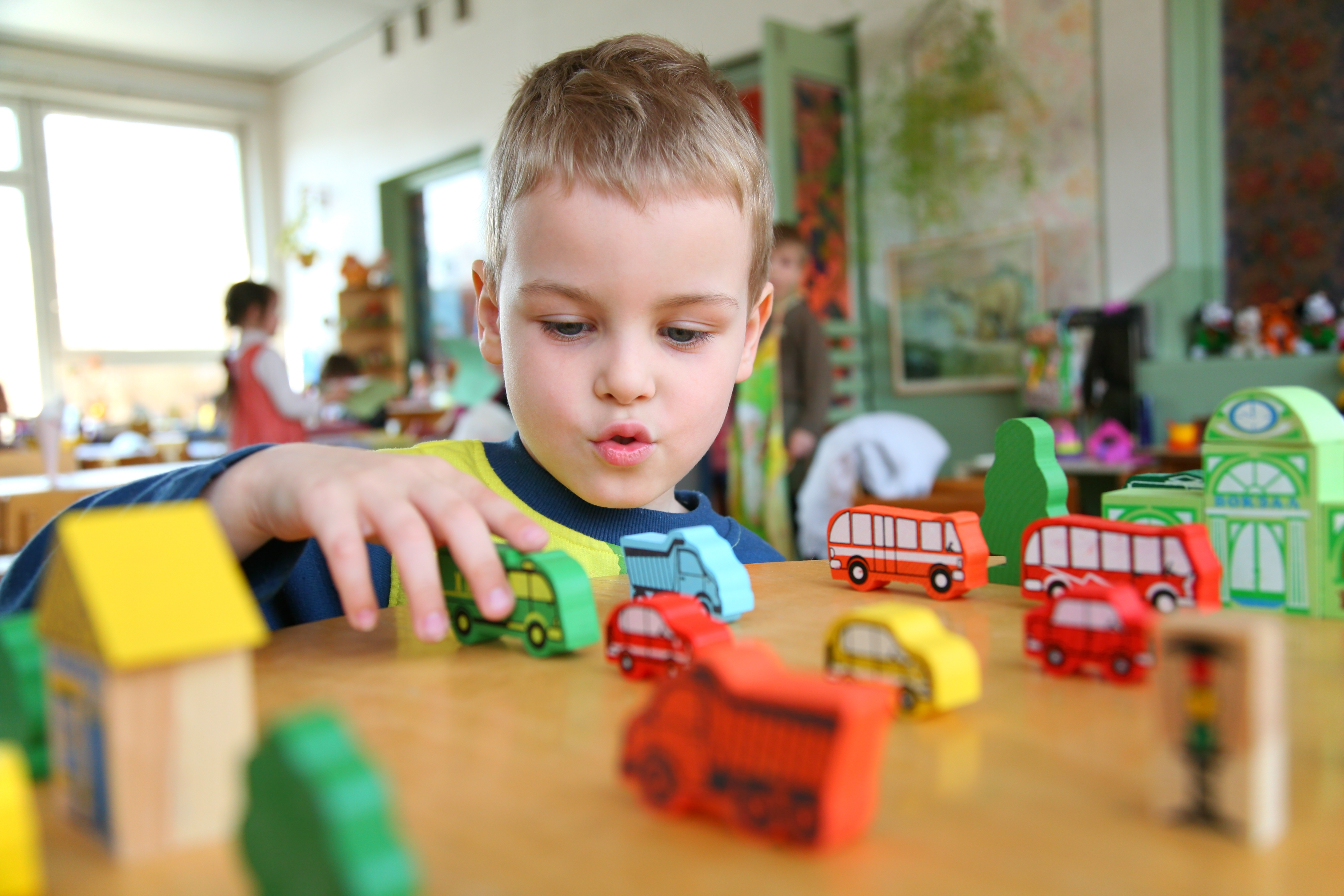 an analysis of kindergarten children who are fully prepared to participate in their very first schoo Children with disabilities should be viewed as just like other children and helped to participate as fully as possible in all areas of the preschool curriculum.