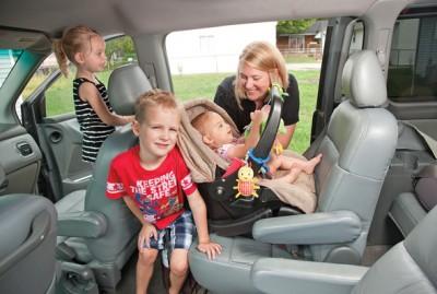 http://avtohata.net/images/stories/articles/2013/car-tips/04-2013/10/detskoe-avtokreslo-01(3).jpg