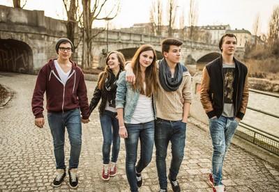 http://www.psychologies.ru/roditeli/teenagers/zachem-podrostku-kompaniya/
