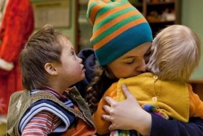 http://denigi.ru/photos/nazvanie-detskih-tsentrov-dlya-sirot-79511-large.jpg