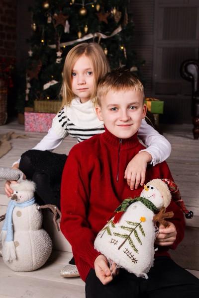 Младшие Корнелия и Даниил