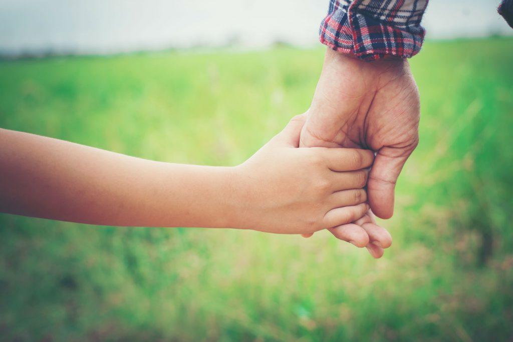 Приемная семья и опека - разница с юридической точки зрения