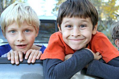 Поможем мальчикам стать сыновьями
